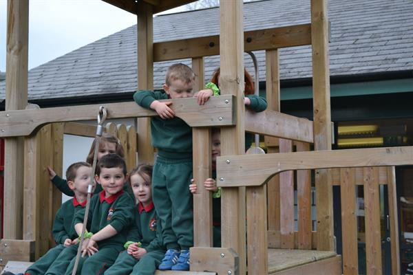 An lá naíscoile - Nursery day