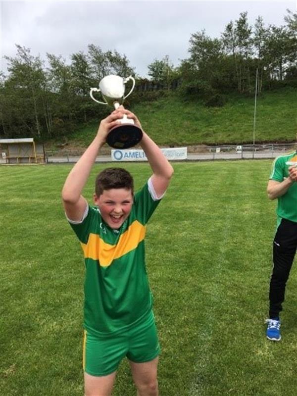 Corn agus Sciath Éanna bainte againn agus briseadh croí i gcluichí ceannais A Chumann na mBunscoil! Success and Heartbreak on the sporting field!